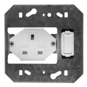 CRABTREE CLASSIC SOCKET COVER PLATE 4x4 13A WHITE 2940/101